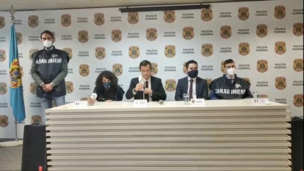 coletiva pf - REI DA COCAÍNA: Mafioso italiano preso em João Pessoa deixa a PB; criminoso é o 2º traficante mais procurado da Itália
