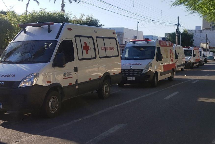 comboio de ambulancias  - Pacientes de Patos em tratamento de covid-19 são transferidos para Campina Grande - VEJA VÍDEO