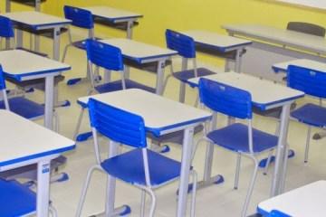 CASO DESK: MPF denuncia ex-secretários por suspeitas de fraudes na compra de carteiras escolares na PB; confira