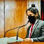 """junio leandro - Vereador defende volta de atividades presenciais na CMJP e critica Eliza: """"Tudo é esquerda e direita; ela dorme do lado direito"""""""