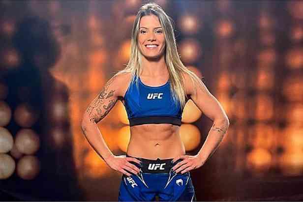 luanaaaaaaaaaaaa - Atleta paraibana, Luana Pinheiro, lutará pelo UFC na noite deste sábado