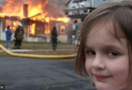 Conheça a história por trás do meme da menina em frente a incêndio que foi vendido por mais de R$ 2,7 milhões