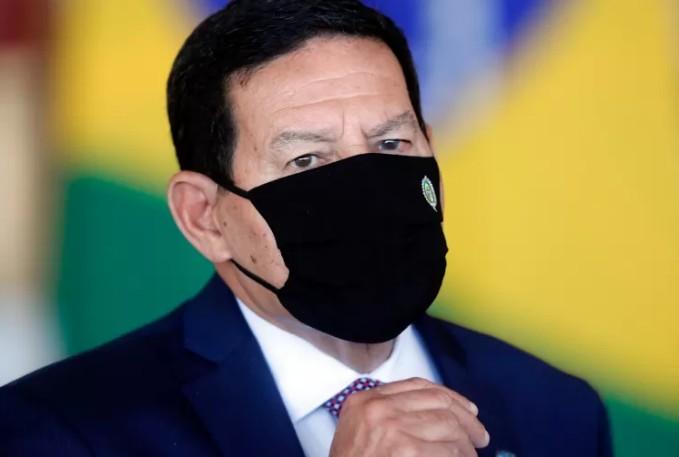 mourao - Mourão diz que Pazuello 'é réu e tem direito de ficar em silêncio' na CPI