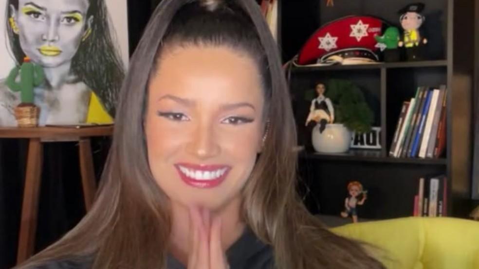 rosa e roxo esportivo gradiente fitness miniatura para youtube 3  - Juliette leva 'puxão de orelhas' ao vivo de sua equipe