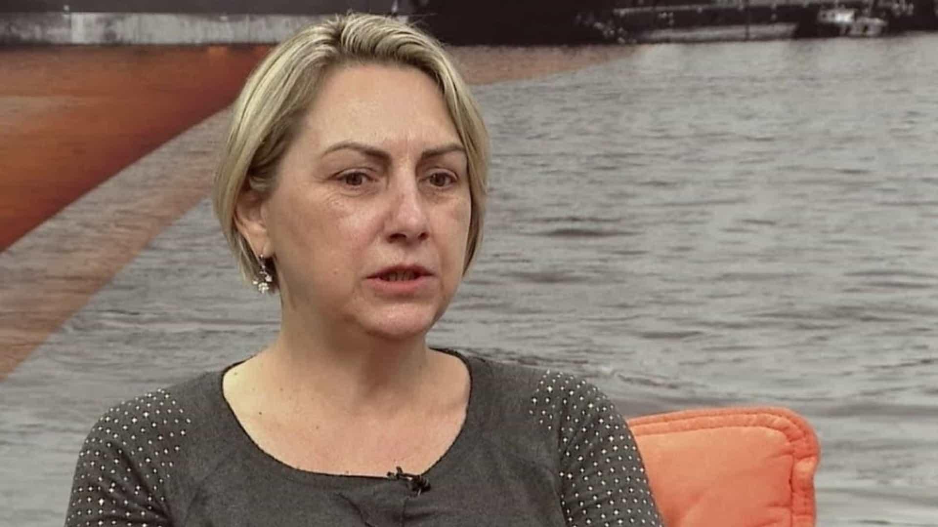 vania bolsonaro - Irmã mais nova de Bolsonaro é internada com suspeita de Covid-19