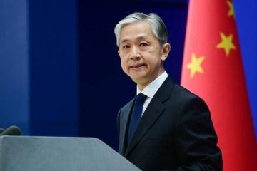 China reage a declaração de Bolsonaro e diz que se opõe a politização do vírus