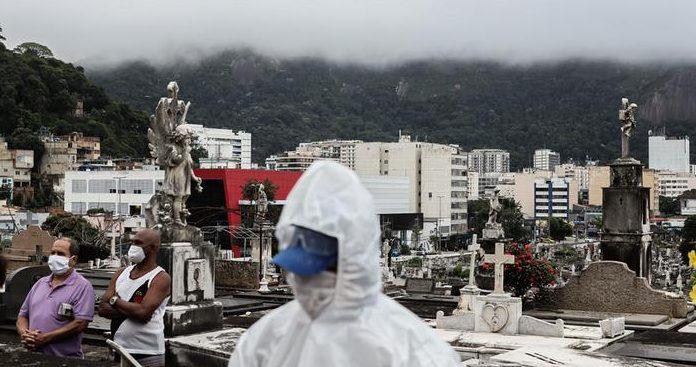 56984825 303 e1622585936141 - Brasil se aproxima de 463 mil mortos por Covid; média móvel é de 1.849 por dia