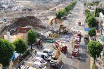 Capturar.JPGjmhgg - Vídeo mostra prédio de 5 andares desabando sobre ônibus na Coreia do Sul