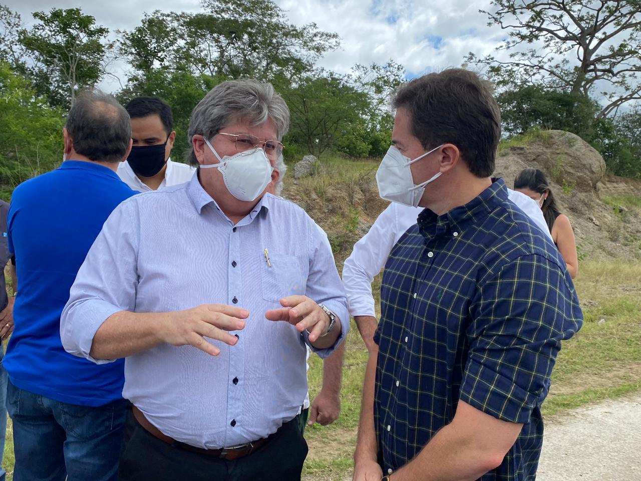 WhatsApp Image 2021 06 10 at 14.40.42 - João Azevêdo agradece aos senadores Nilda e Veneziano destinação de recursos para a construção do Centro de Convenções