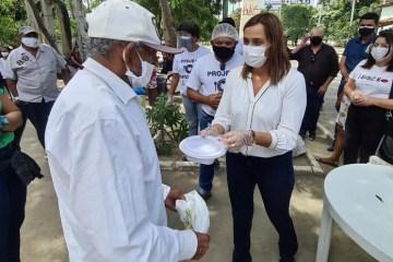 Secretária Ana Cláudia acompanha entrega de mil refeições diárias a pessoas carentes pelo Governo do Estado em Campina Grande