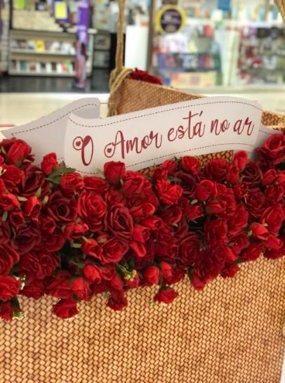 f8d3d514 a129 070e f9f8 0350893d4f96 - Shoppings Manaira e Mangabeira criam decoração temática para o Dia dos Namorados
