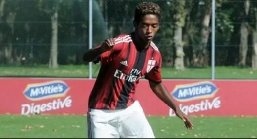 jog - Alvo de racismo, ex-Milan é achado morto em suposto suicídio