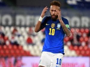 neymar durante jogo da selecao brasileira contra o paraguai 1623216792945 v2 450x337 300x225 - Brasil troca campanha perfeita nas Eliminatórias pelo fardo da Copa América