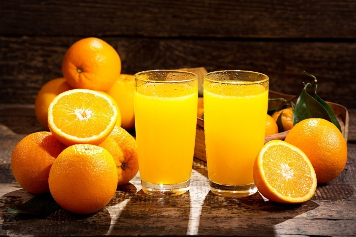 adesivo parede decoracao suco de laranja fruta lanchonete adesivo decorativo - FRAUDE: alunos usam suco de laranja para gerar falsos 'positivos' à Covid-19