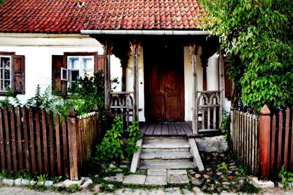 Podlasie_Tykocin-dom-dworek-Plac-Czarnieckiego_07-2014