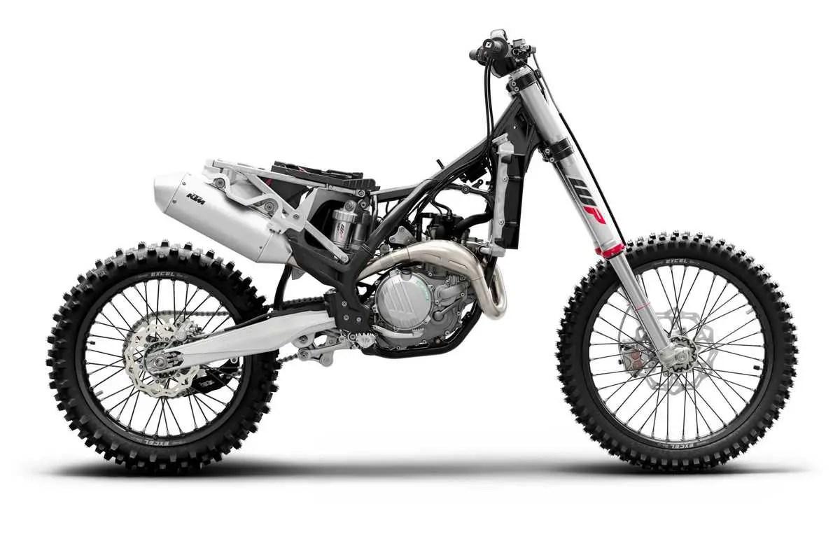 KTM 450 SX-F Moto cross avec Pole Position 77