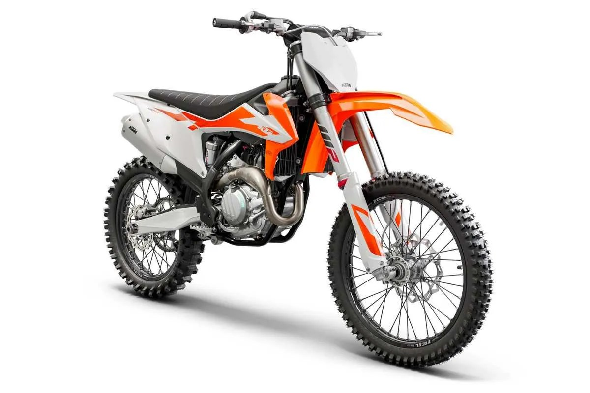 trois quart moto2 450 SX-F