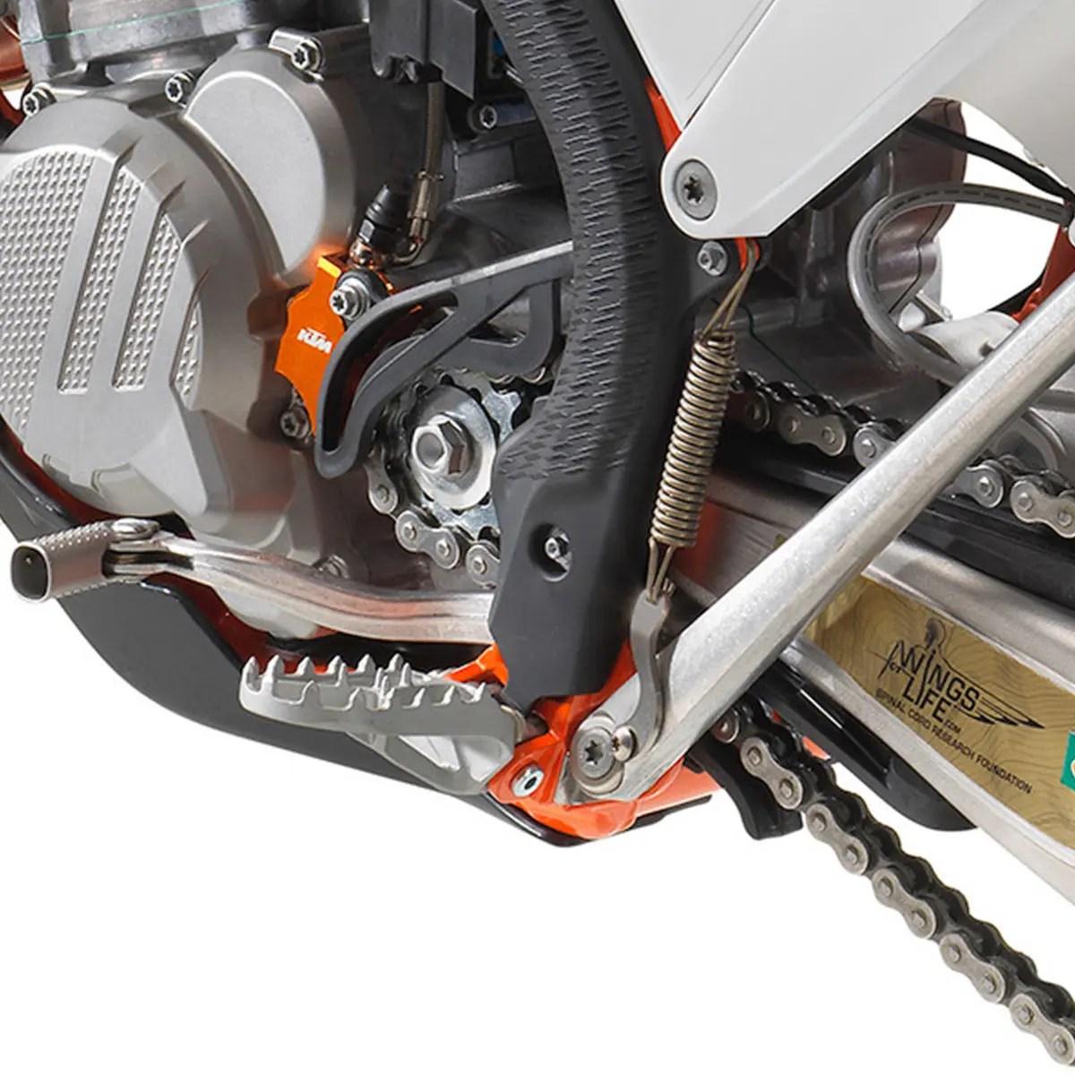 REPOSE-PIED-KTM-300-EXC-TPI-ERZBERGRODEO-2020