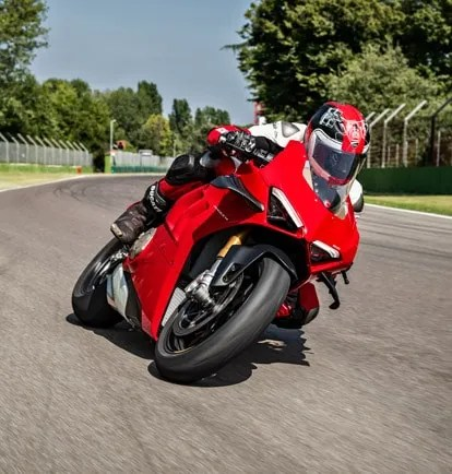 Panigale-V4-S-MY20-Red-01-Easier-to-ride-01-Grid-People-414x434