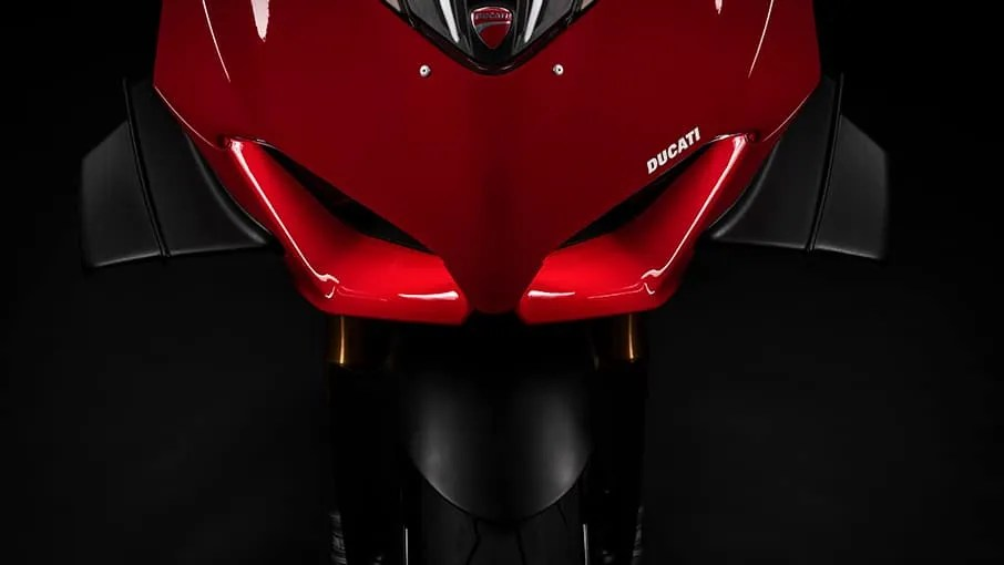 Panigale-V4-S-MY20-Red-07-Gallery-906x510