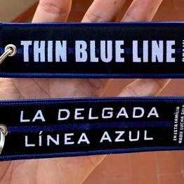 llavero delgada linea azul