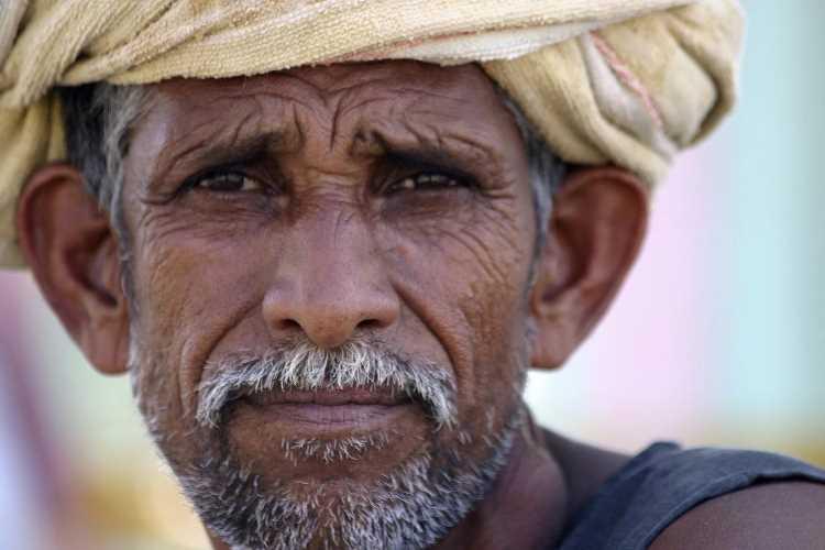 Indian farmers hit by coronavirus outbreak
