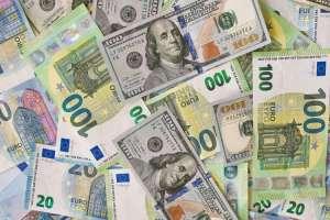 India's foreign exchange reserves cross $600 billion