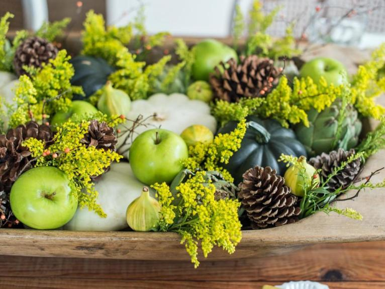 Green Thanksgiving Centerpiece