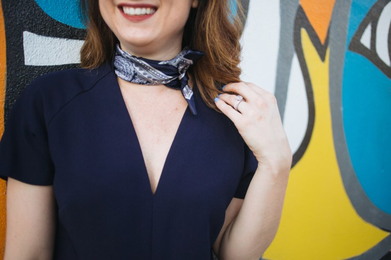 3 ways to tie a square scarf || @polishedclosets