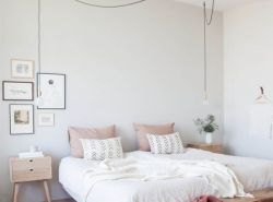 Cozy and Comfy Bedding // www.polishedclosets.com