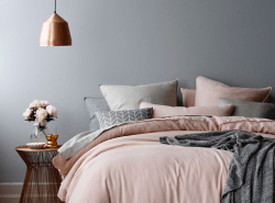 5 Tips to a Relaxing Bedroom // www.polishedclosets.com