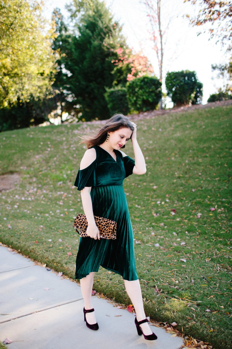 velvet dress // www.polishedclosets.com