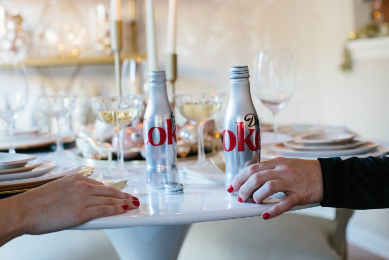 diet coke holiday party // www.polishedclosets.com