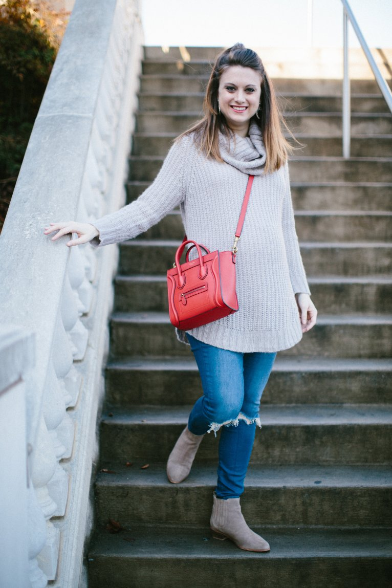 the perfect neutral sweater // www.polishedclosets.com