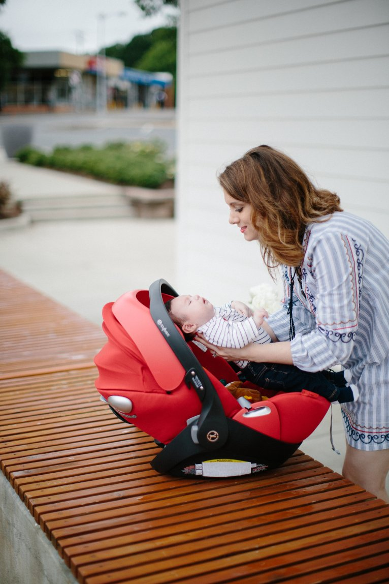 Mom Style with Cybex Cloud Q by new mom blogger Maggie of Polished Closets