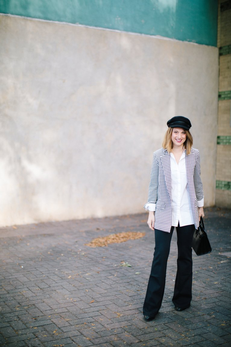 How to wear a baker boy hat by fashion and lifestyle blogger Maggie Kern of Polished Closets.