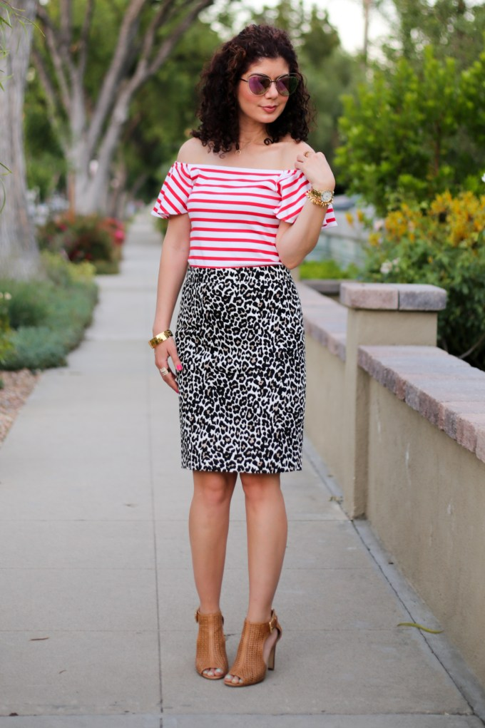 Red stripes and leopard print pattern mixing outfit for the office