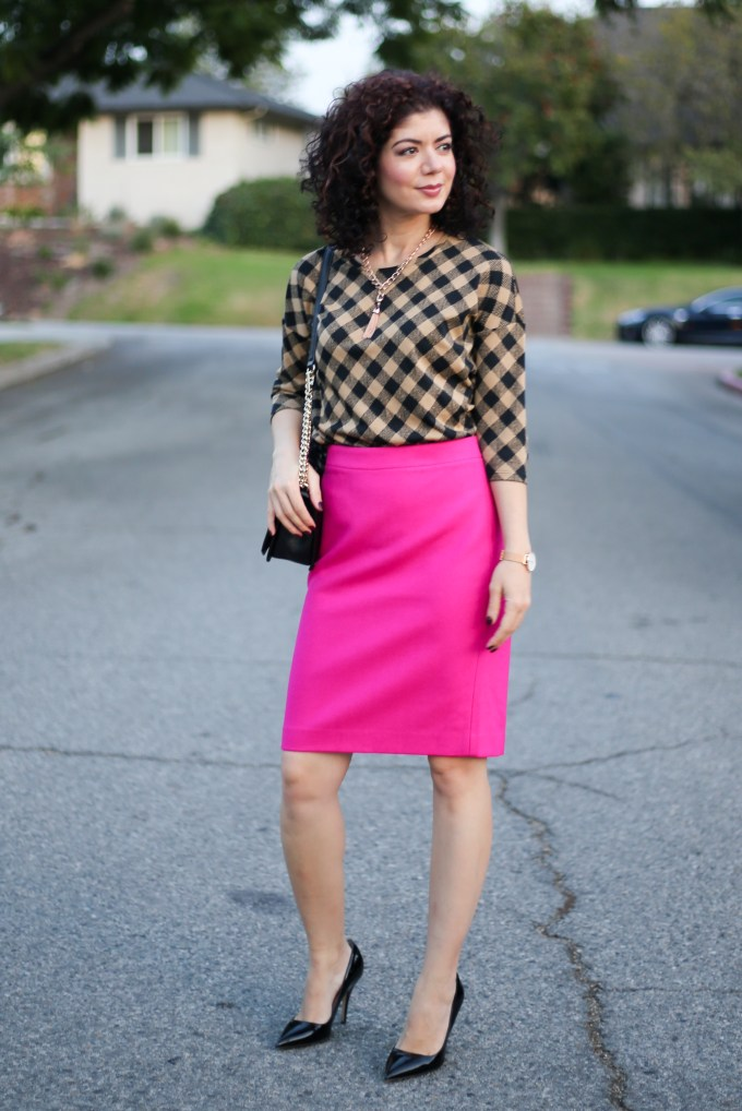 Camel gingham outfit with J Jill gingham knit top | neutral checks | fall outfit | magenta j crew pencil skirt | polished whimsy blog