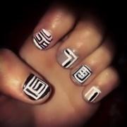 abstract line nails polishpedia