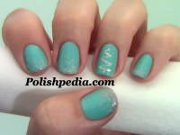 Simple Christmas Tree Nail Design | Polishpedia: Nail Art ...