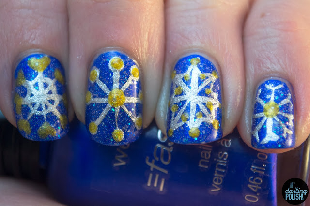 nails, nail art, nail polish, snowflakes, blue, silver, gold, tri polish challenge, hey darling polish, winter