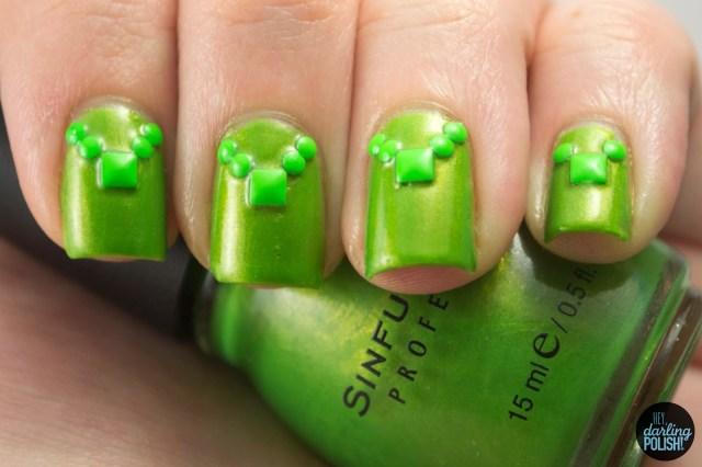 nails, nail art, nail polish, polish, studs, green, golden oldie thursdays, hey darling polishnails, nail art, nail polish, polish, studs, green, golden oldie thursdays, hey darling polish