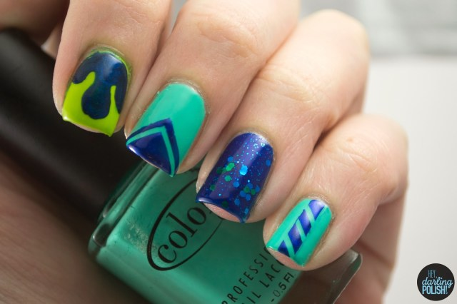 nails, nail art, nail polish, polish, skittles, golden oldie thursdays, green, blue, drip, glitter, chevron
