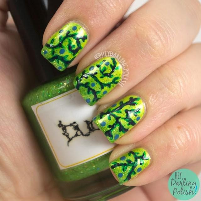 nails, nail art, nail polish, vines, green, hey darling polish, the never ending pile challenge, dots,