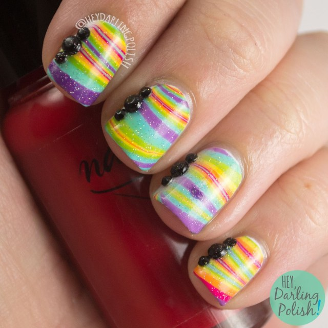 nails, nail art, nail polish, rainbow, watermarble, rainbow watermarble, rhinestones, hey darling polish, theme buffet