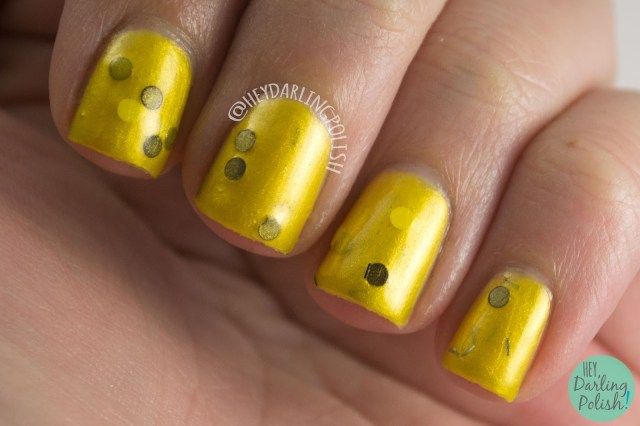 hufflepuff, just and loyal, yellow, nails, nail polish, polish, indie polish, indie, harry potter, fandom cosmetics, swatch, hey darling polish