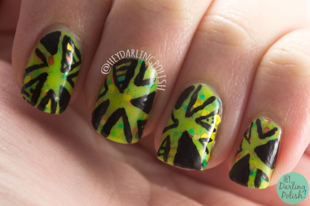 toucan touch this, green, triangles, nail art, nails, nail polish, indie polish, kbshimmer, hey darling polish, glitter crelly, glitter, swatch