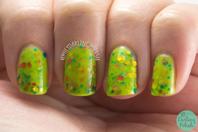 toucan touch this, green, nails, nail polish, indie polish, kbshimmer, hey darling polish, glitter crelly, glitter, swatch