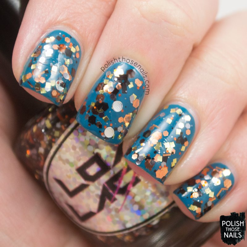 loaded-lacquer-steampunked-metal-glitter-swatch-3