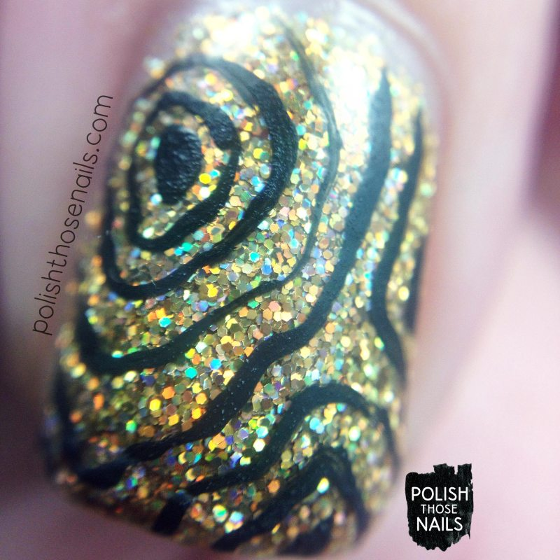 daily-hues-nail-lacquer-gold-glitter-holo-noelle-line-nail-art-macro